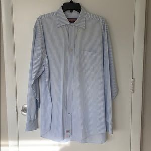 Men's button down vineyard vines shirt
